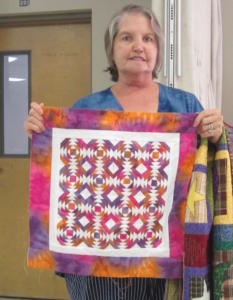 MaryHarwell PineappleBlockQuilt